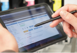 Bedarfsgerechte Software optimiert Vor-Ort-Service