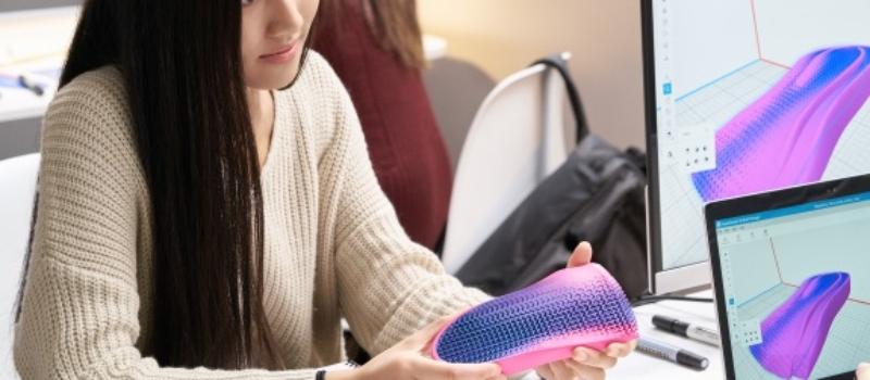 3D Druck bietet die aktuell höchstmögliche Gestaltungsfreiheit Ihrer Produkte. Selbst mechanische Funktionen können in das Produktdesign berücksichtig werden. Durch den Einsatz der eigens entwickelten und einzigartigen HP Voxel Technologie, können Pixel genaue Materialeigenschaften realisiert werden.